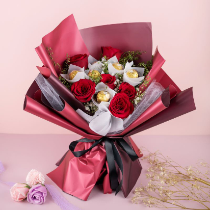 Red Roses Bouquet And Ferrero Rocher: Gift Combos