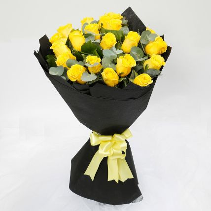 Blooming 20 Yellow Roses Bouquet