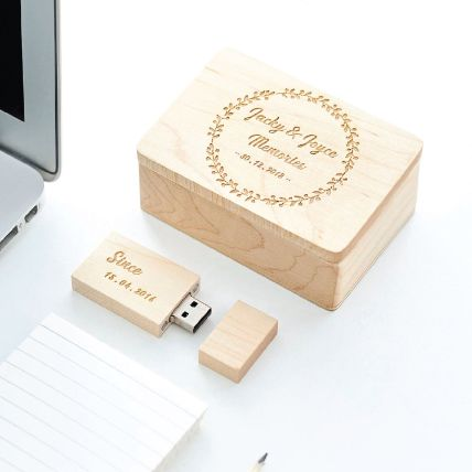 Personalised Wooden Usb With Wooden Box 32 Gb